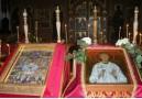 Богослужение в соборе Новомучеников и исповедников Российских в Мюнхене 5 февраля. Справа - новонаписанная икона Александра Шмореля